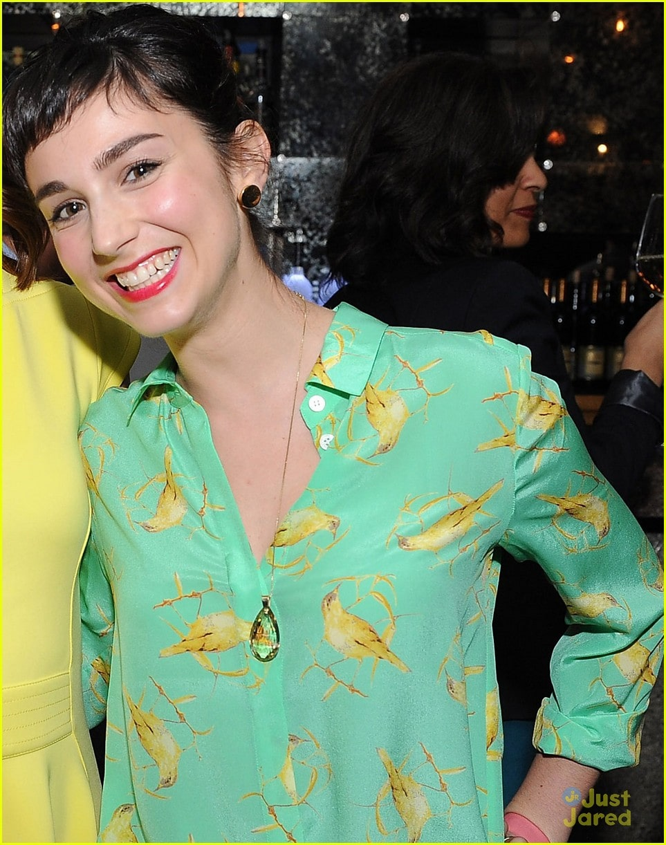 38 Hot Pictures Molly Ephraim Are Here To Get You Jitters