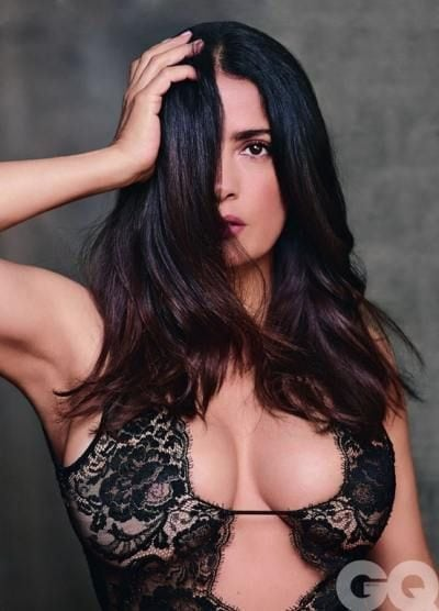 salma hayek hot cleavage