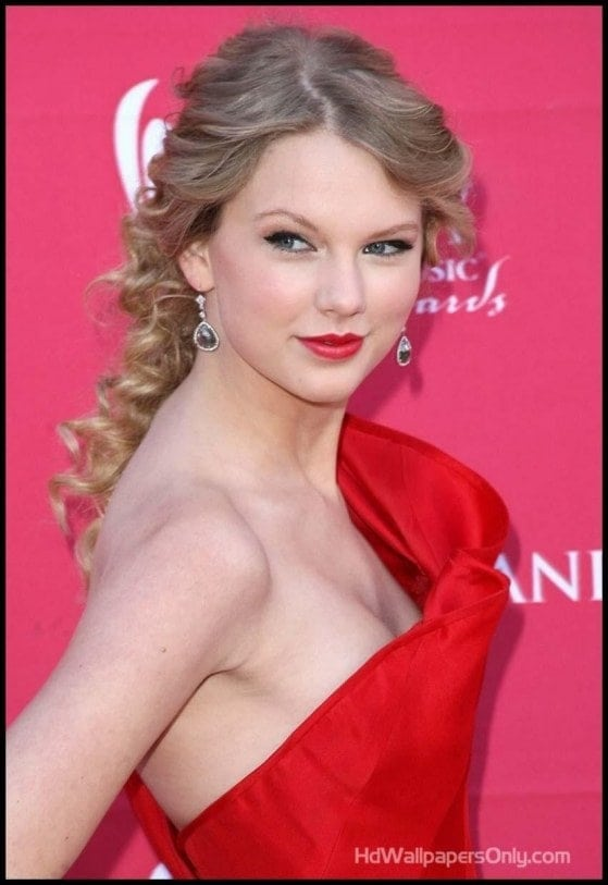taylor swift gorgeous