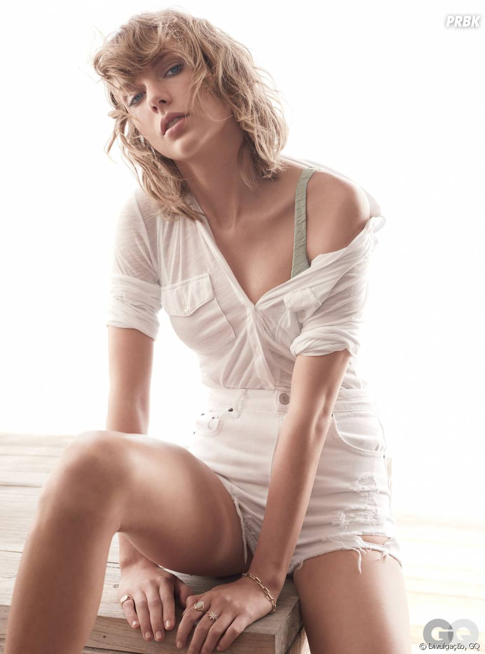 taylor swift looking sexy