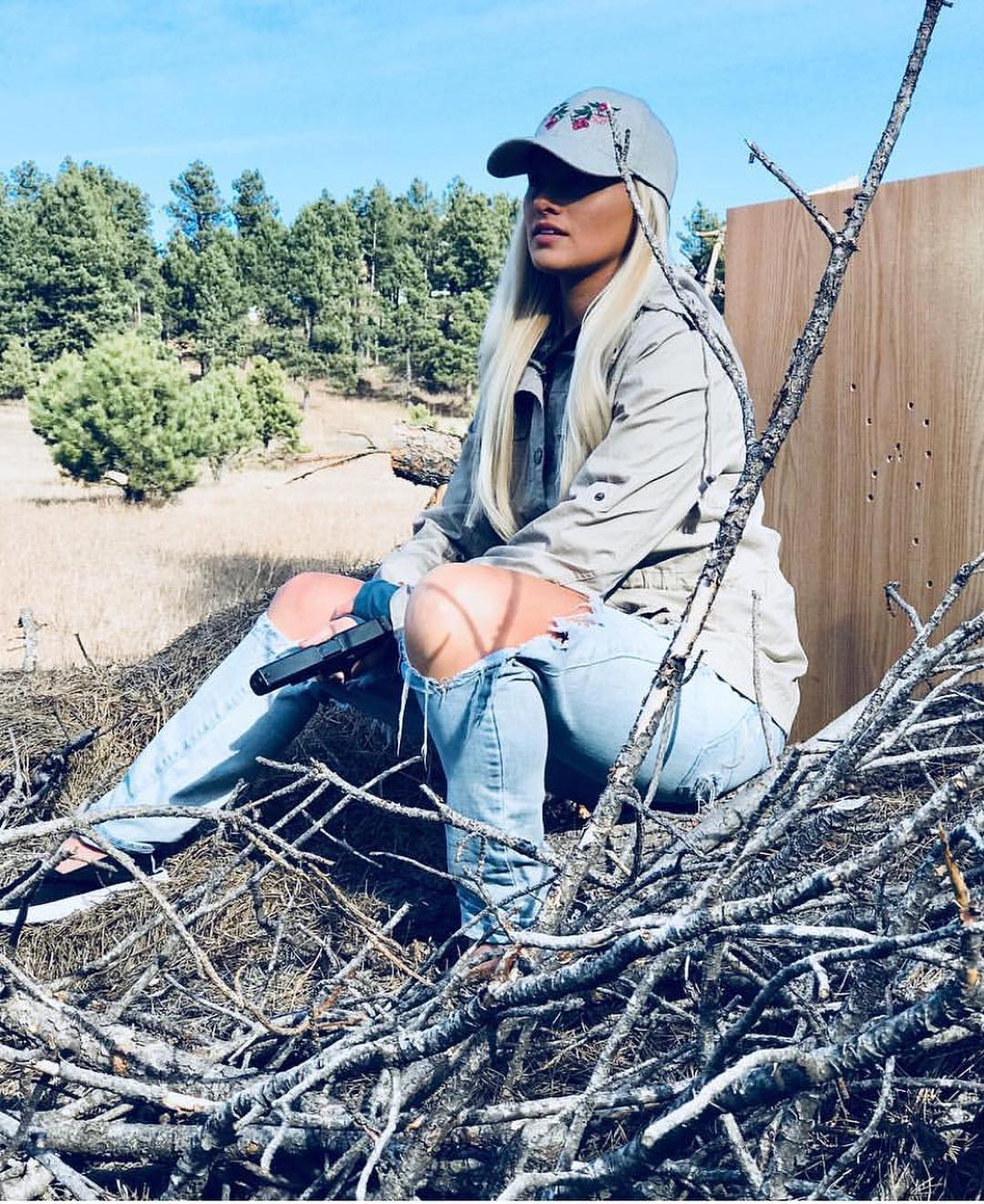 tomi lahren outdoor