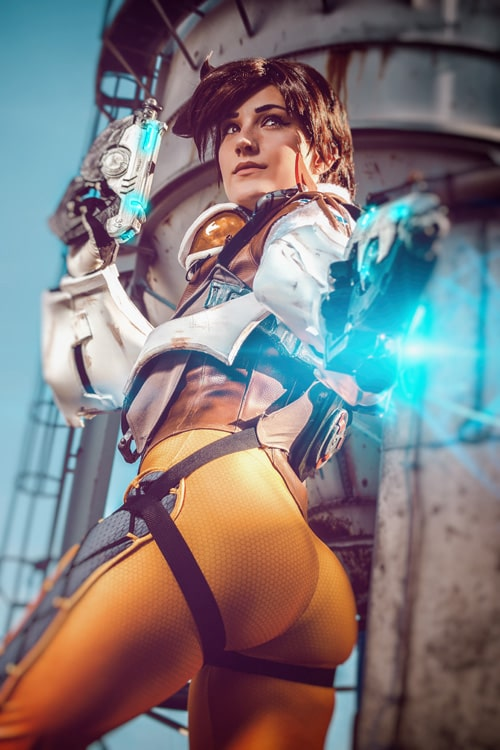 tracer booty pictures