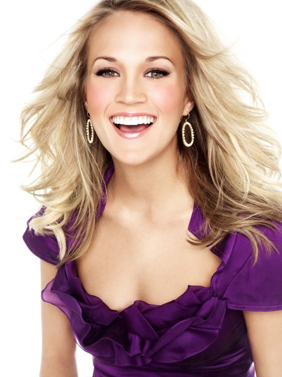Carrie Underwood Smile