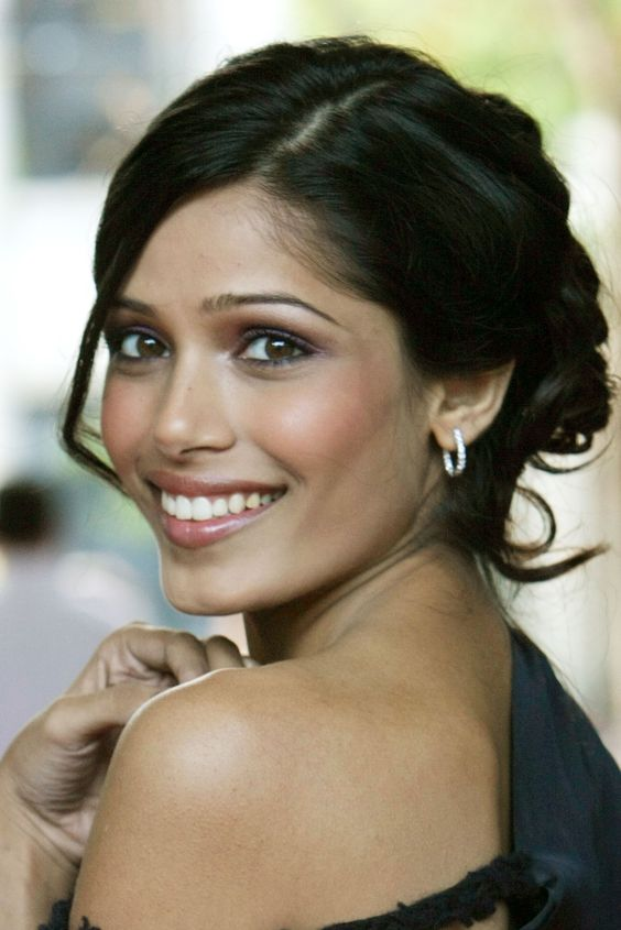 Frieda Pinto Smile