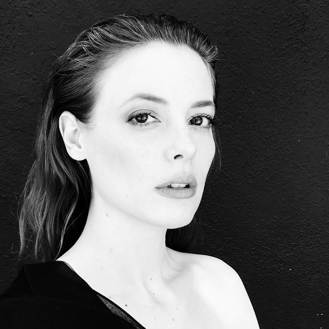 Gillian Jacobs Photoshoot