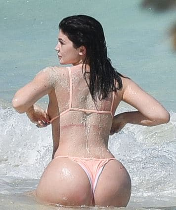 Kylie Jenner Butt Pictures