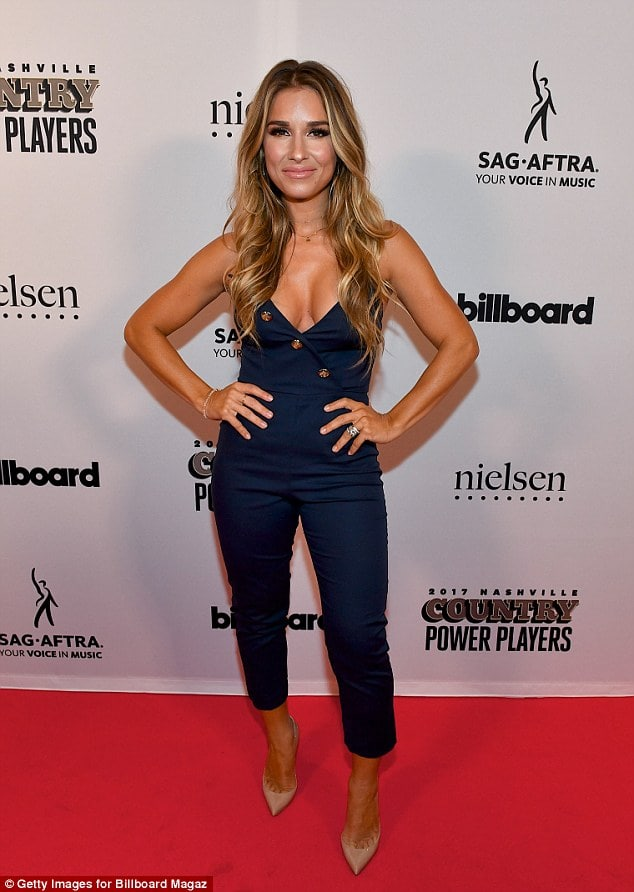 Jessie James Decker on Red Carpet