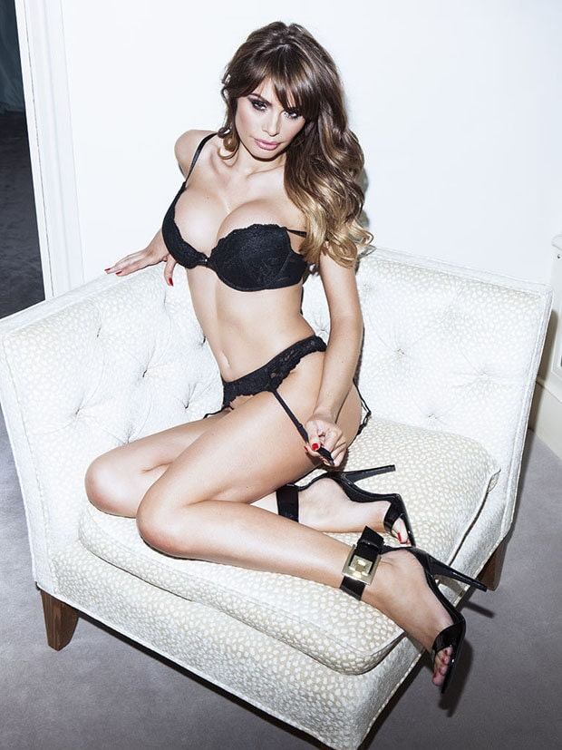 Chloe Sims Hot Pictures