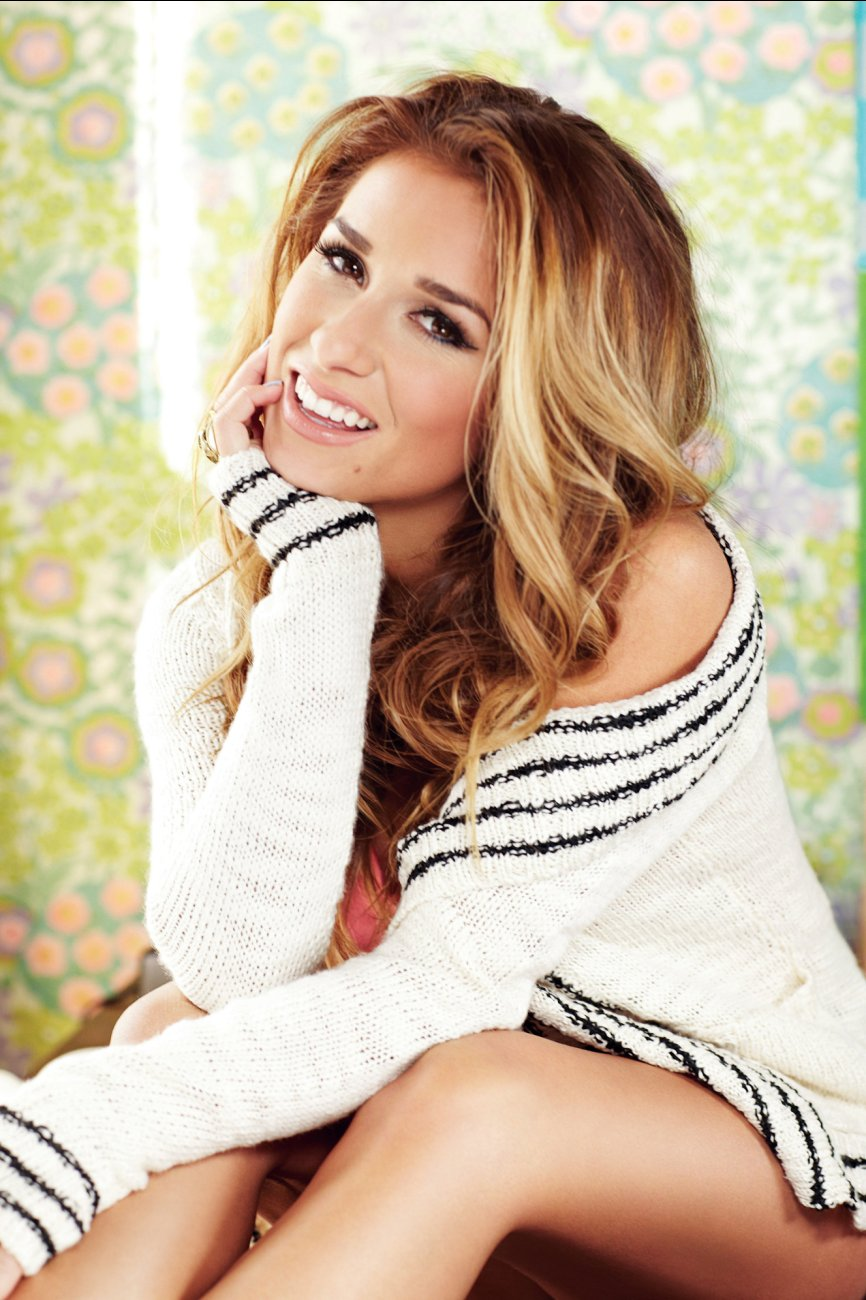 Jessie James Decker Photoshoot