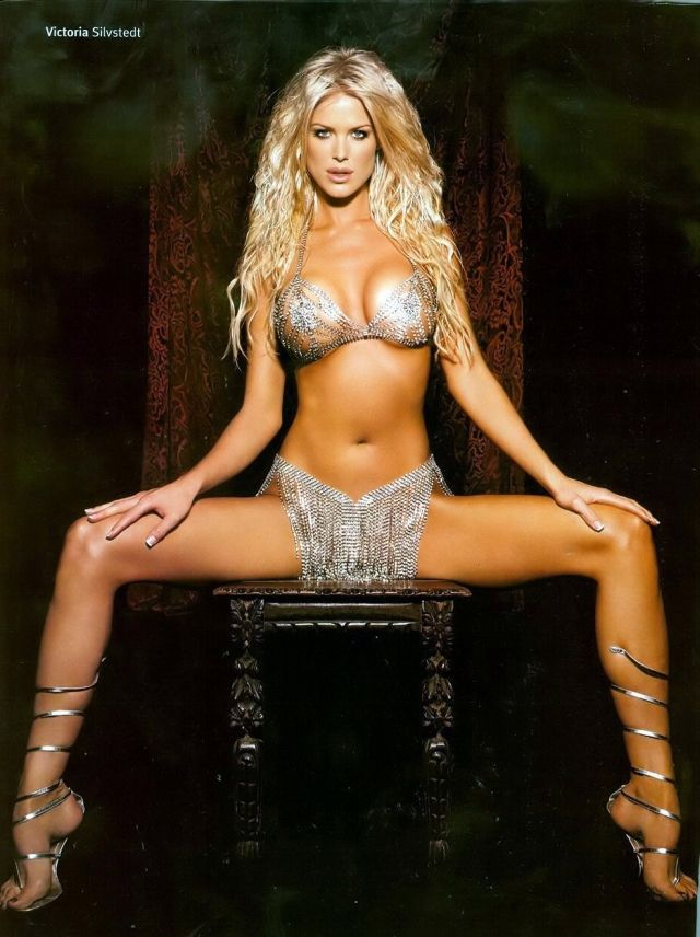 Victoria Silvstedt Sexy Pictures