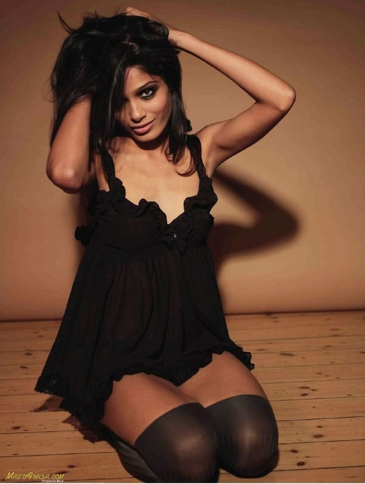 Frieda Pinto Sexy Pictures