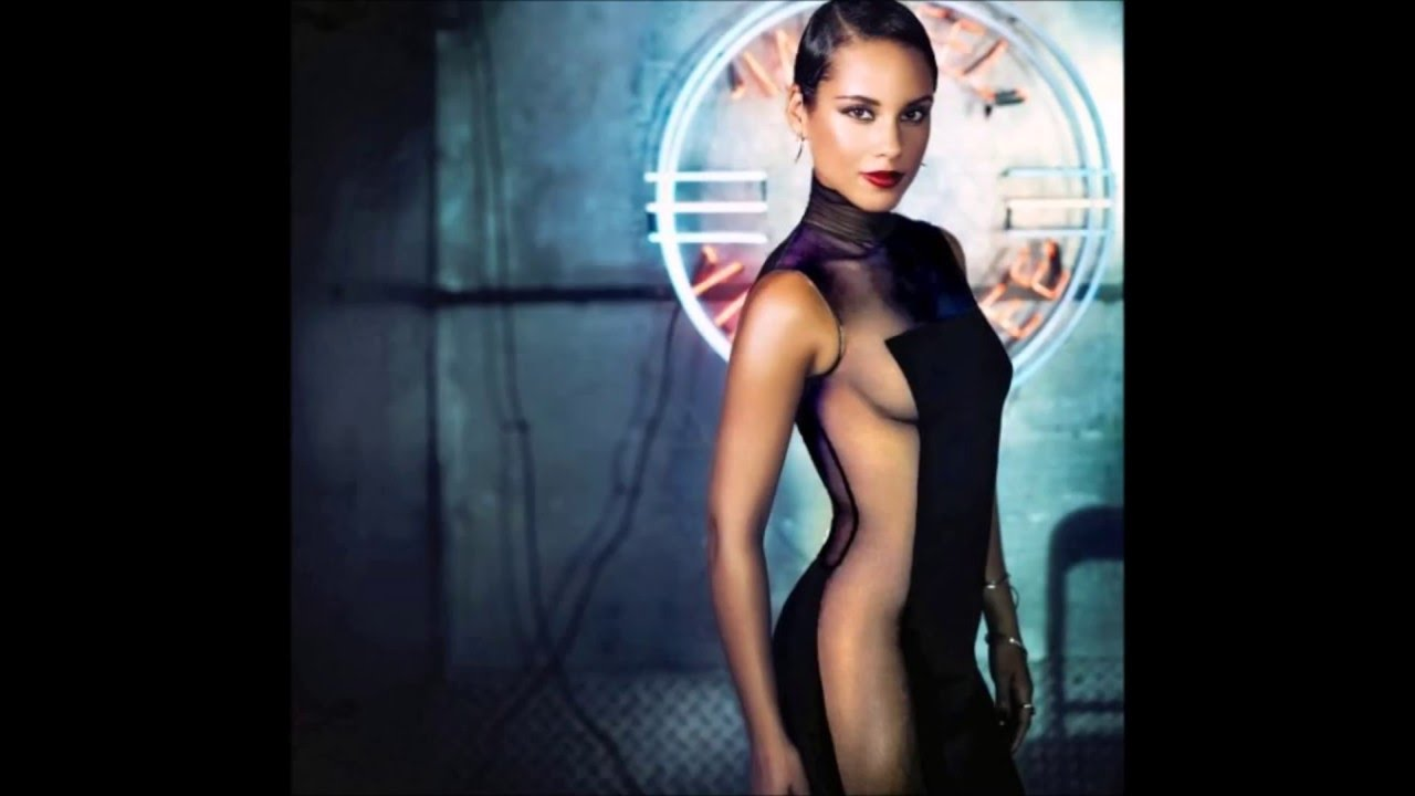 43 Hot And Sexy Pictures Of Alicia Keys - One Of Sexiest Singers Of All Time-3293