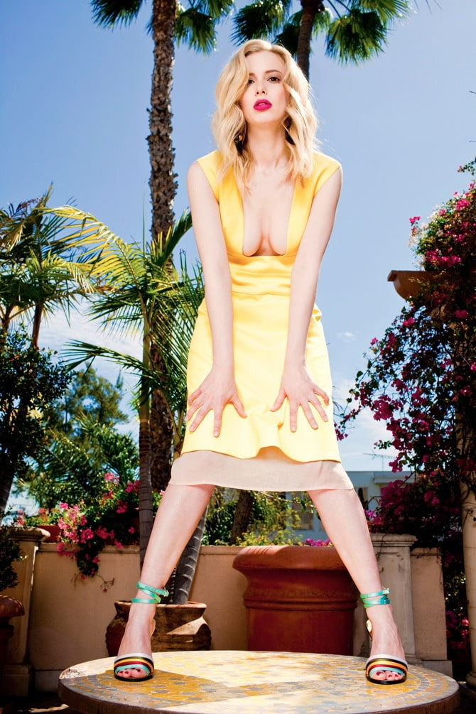 Gillian Jacobs Hot Pictures