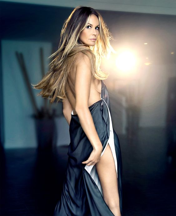 Elle Macpherson Sexy Pictures