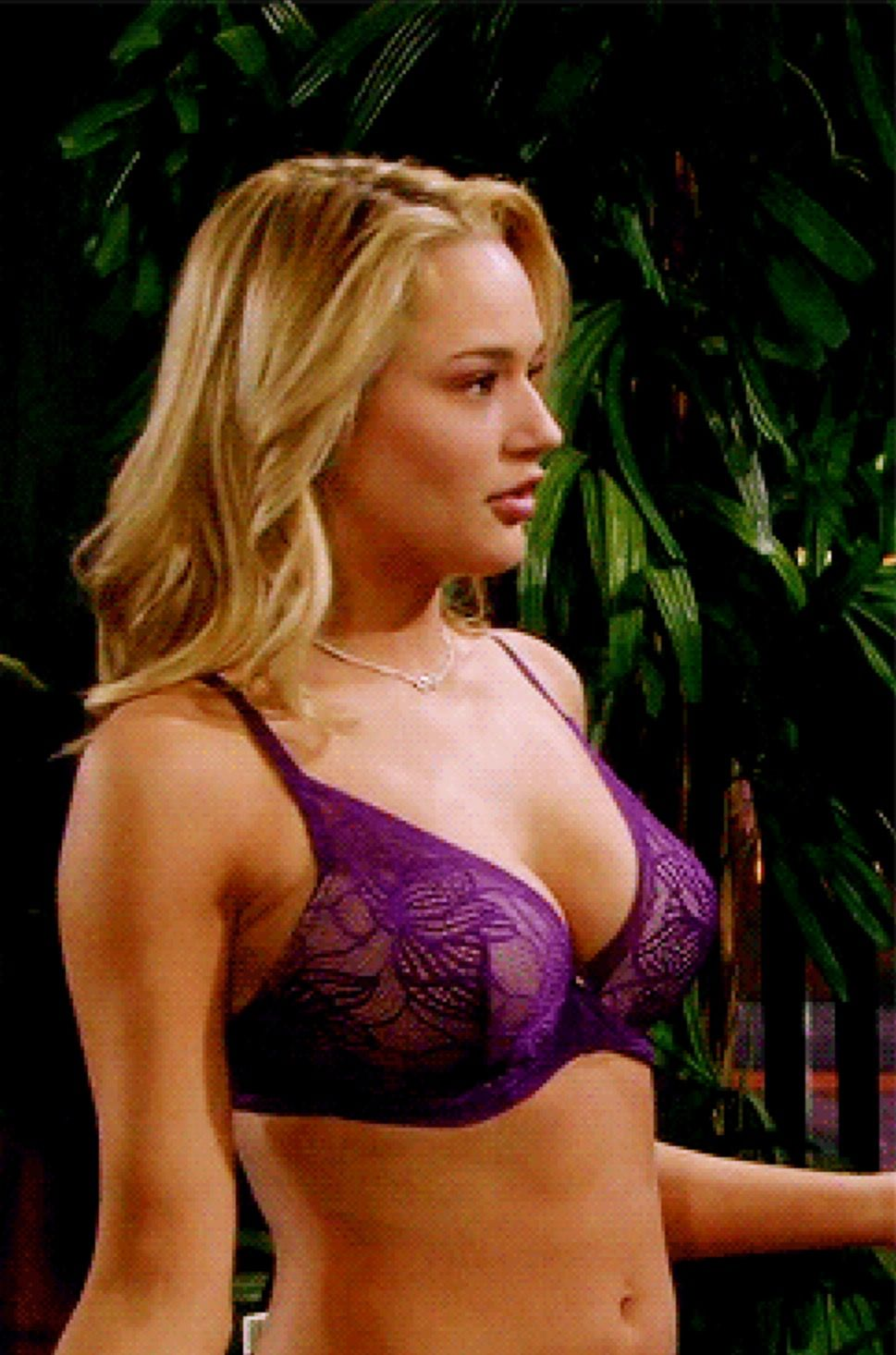 Hunter King Bikini Pictures