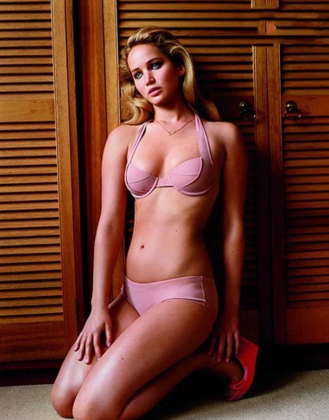 Jennifer Lawrence pink bikini