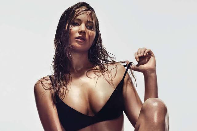Jennifer Lawrence sexy black pics