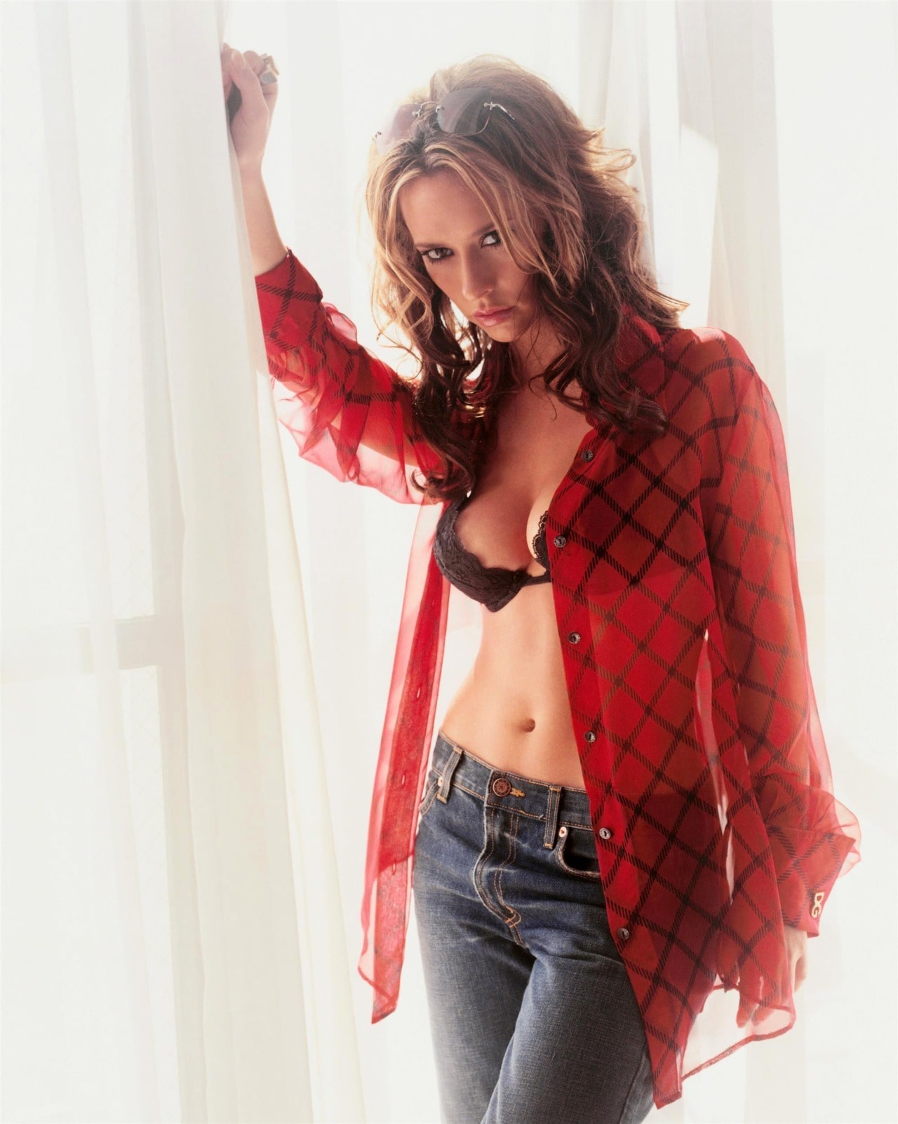 Jennifer Love Hewitt Hot Photoshoot