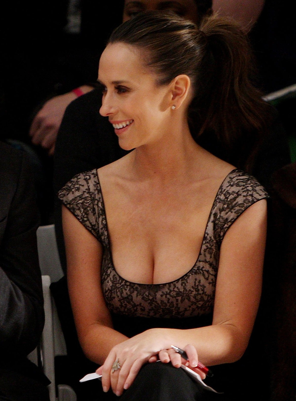 Jennifer Love Hewitt Sexy Boobs