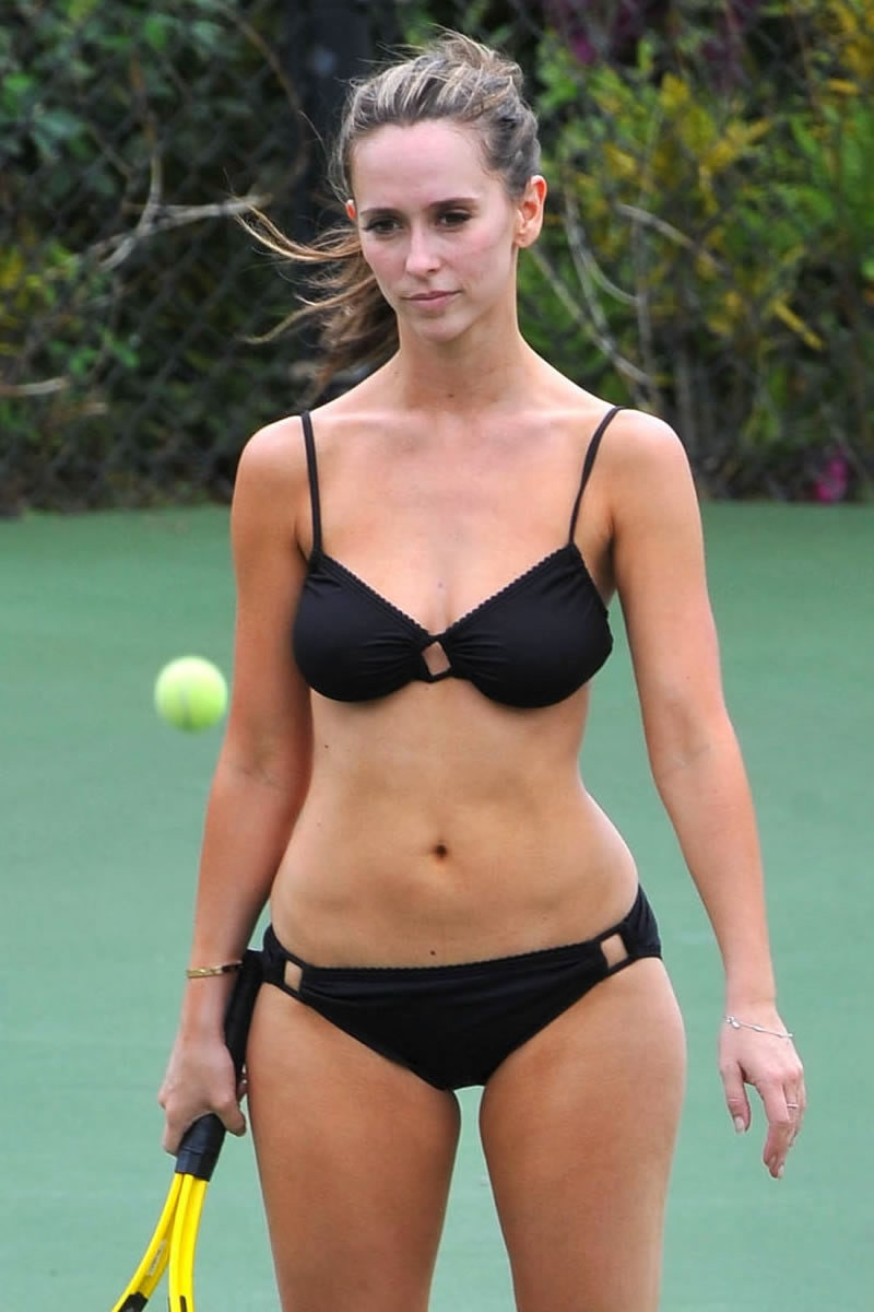 Jennifer Love Hewitt on Black Bikini