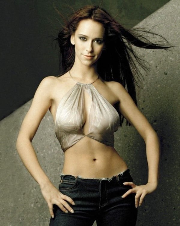 Jennifer Love Hewitt on Photoshoot