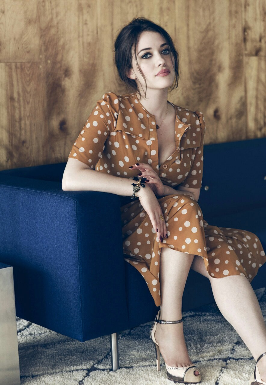 Kat-Dennings-Sexy-Celebrity-Legs-Picture-