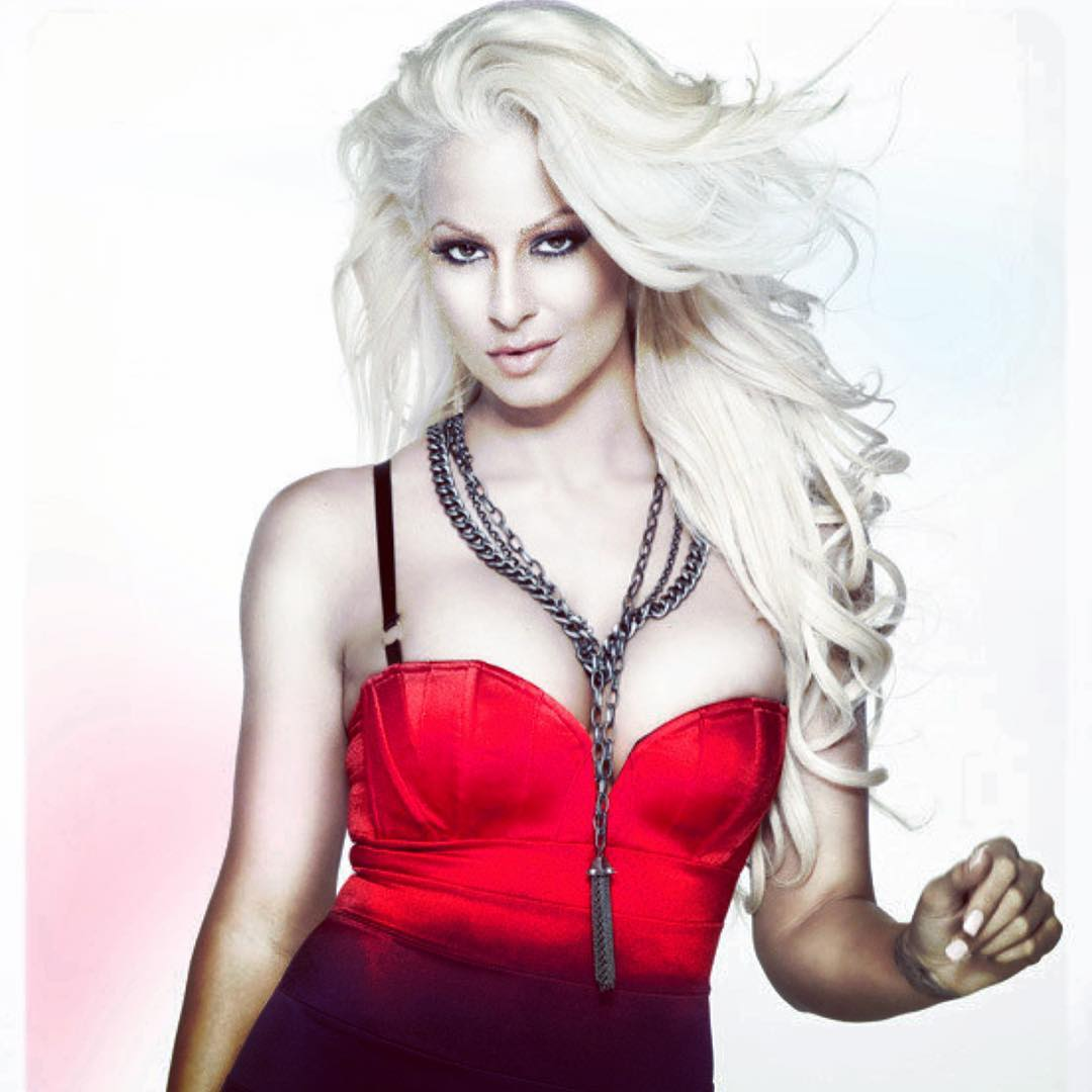Maryse Ouellet Proves awesome