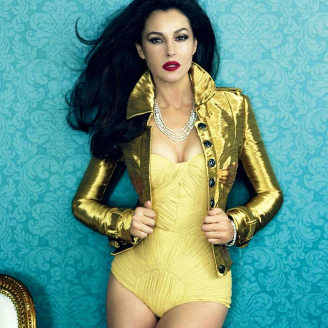 Monica Bellucci yellow swimsuit