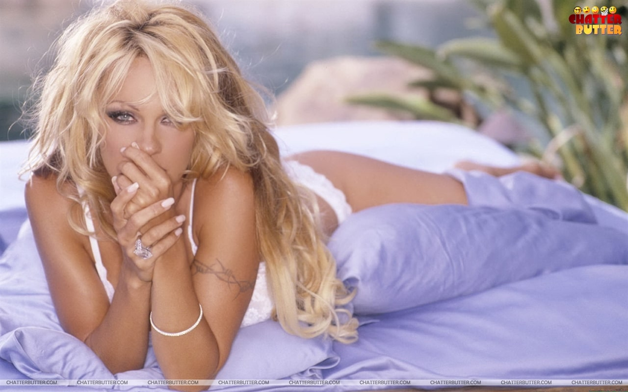 Pamela Anderson hot hair