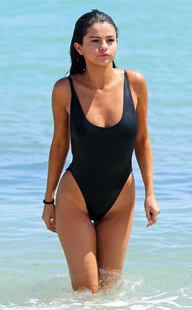 Selena_Gomez awesome swimsuit