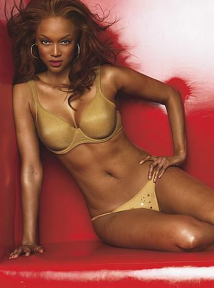 Tyra Banks sexy pictures