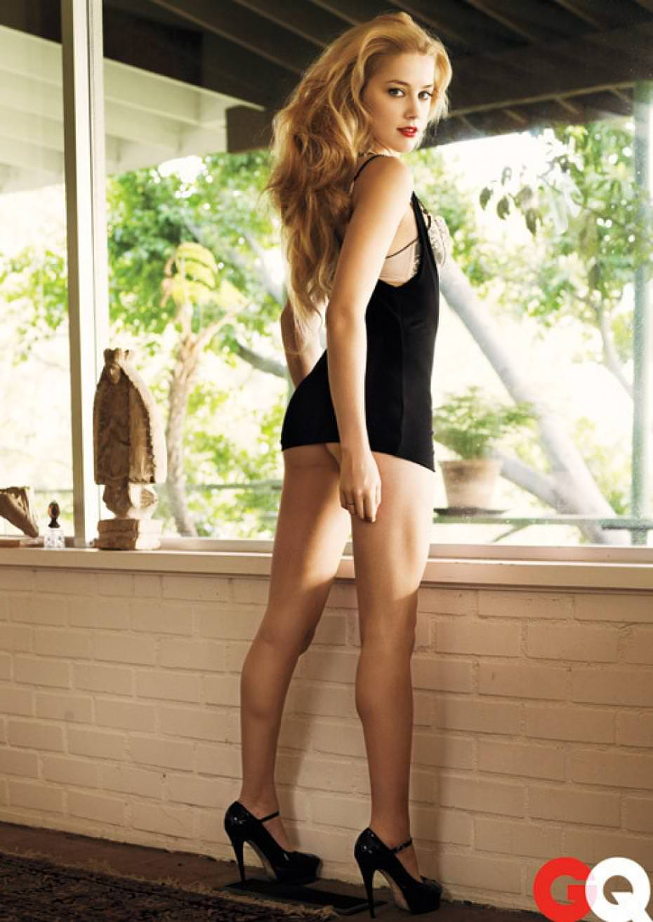 amber heard awesome butt