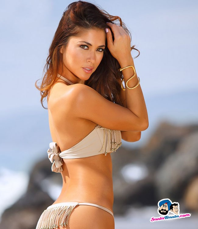 arianny celeste looking hot