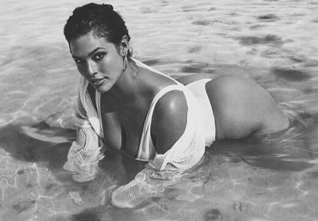ashley-graham-hot pictures