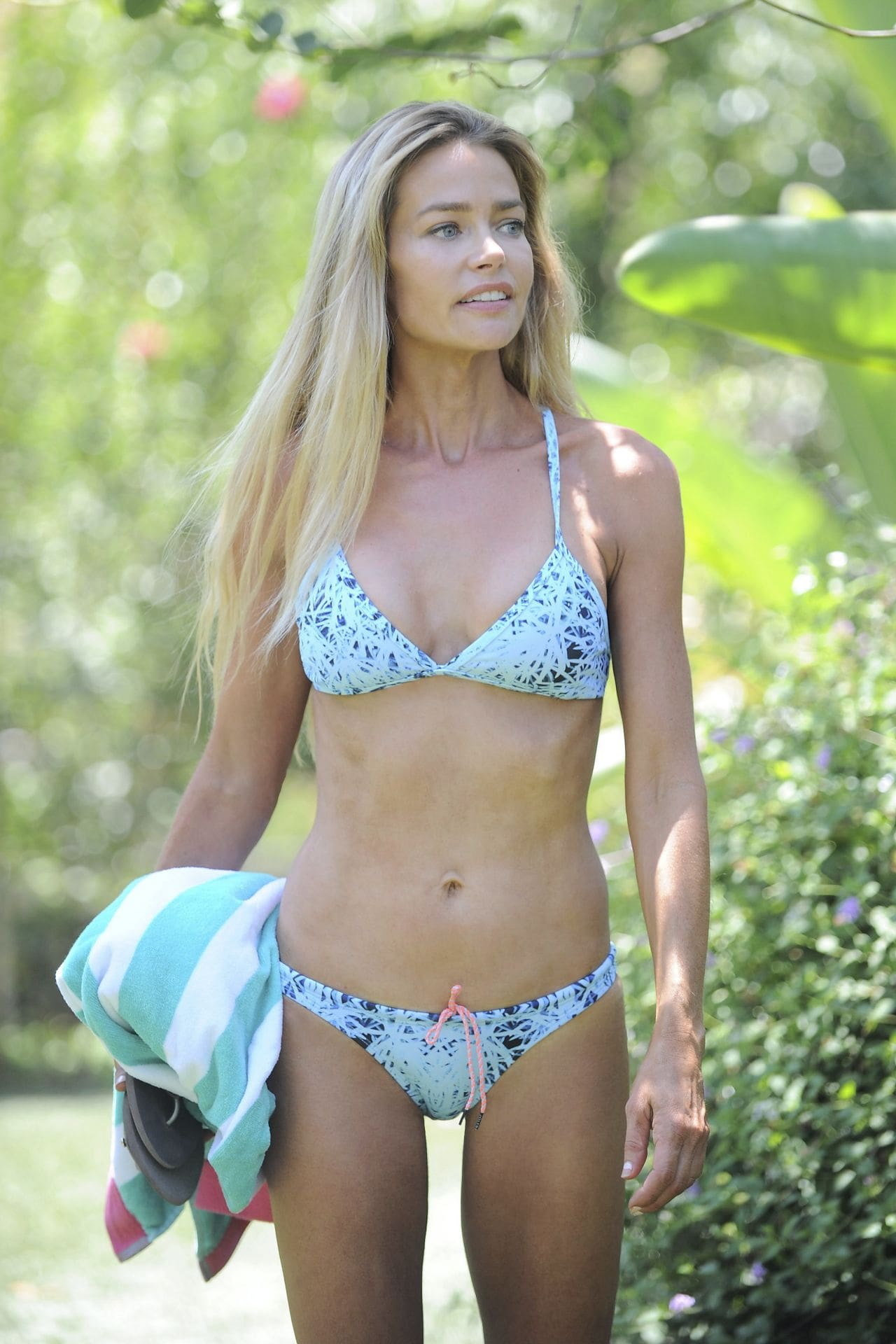 denise richards bikini