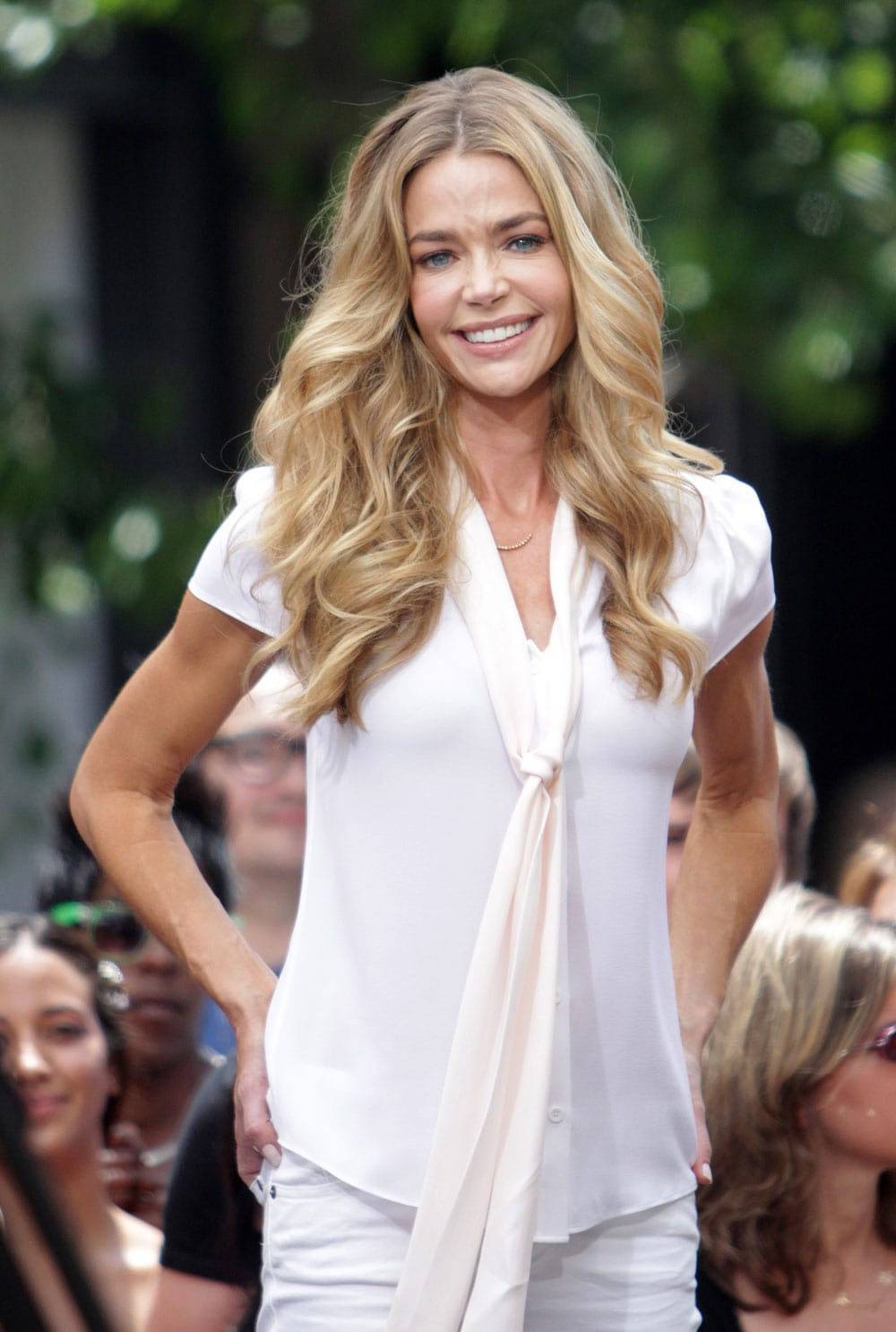 denise richards blonde hair