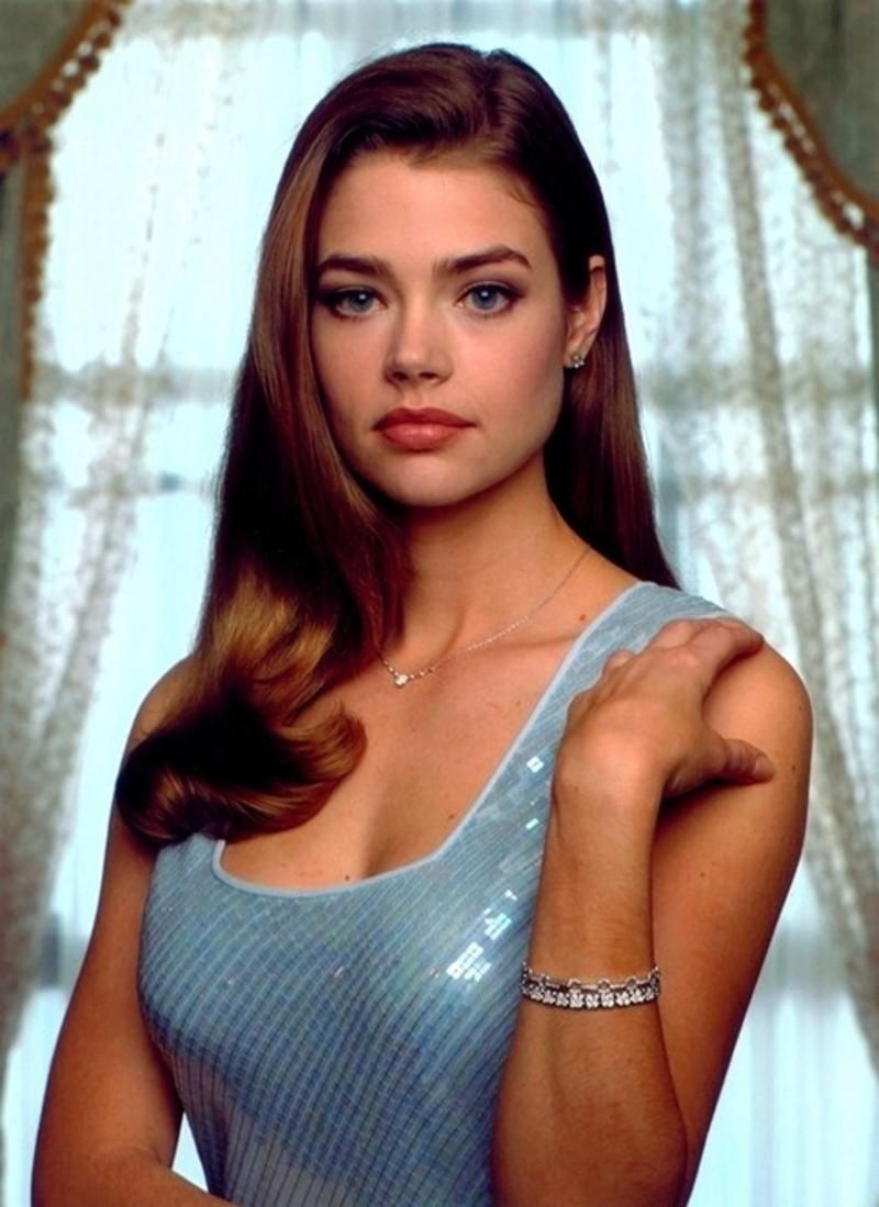 denise richards sad