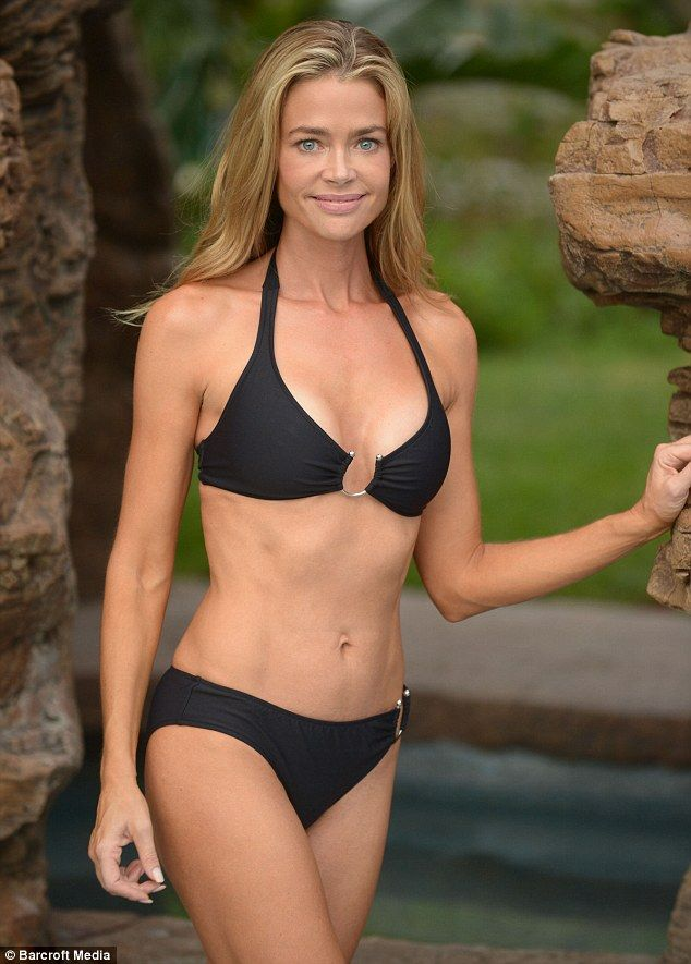 denise richards sexy bikini