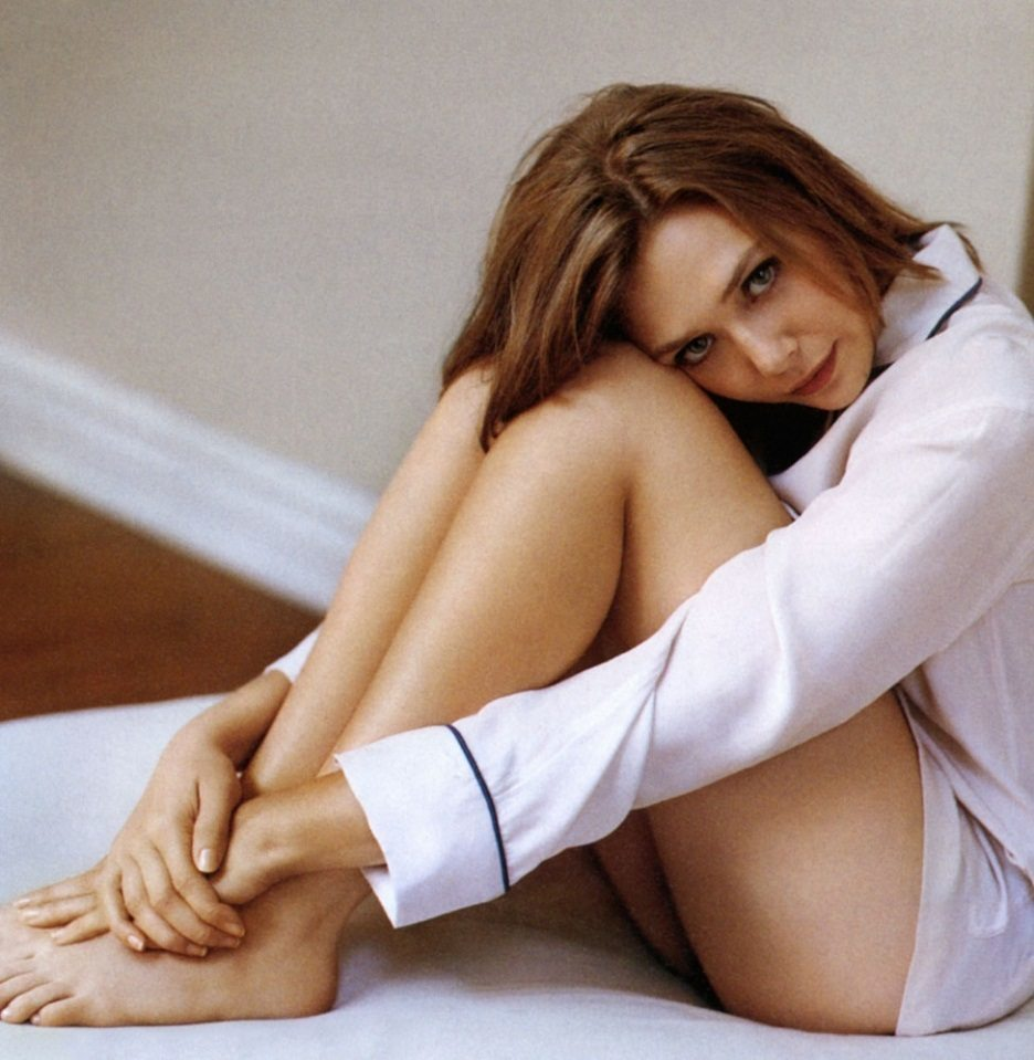 elizabeth-olsen-ass-photos
