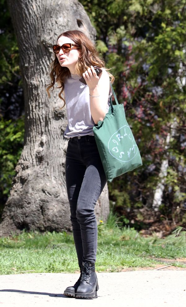 emily browning outdoor