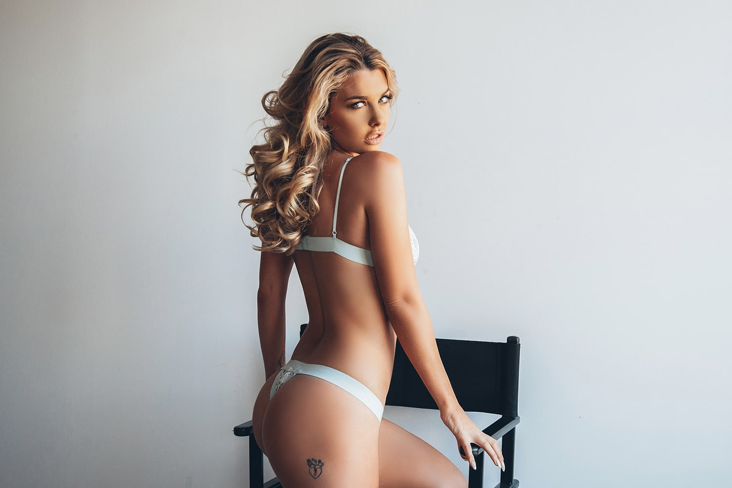 emily sears awesome butt