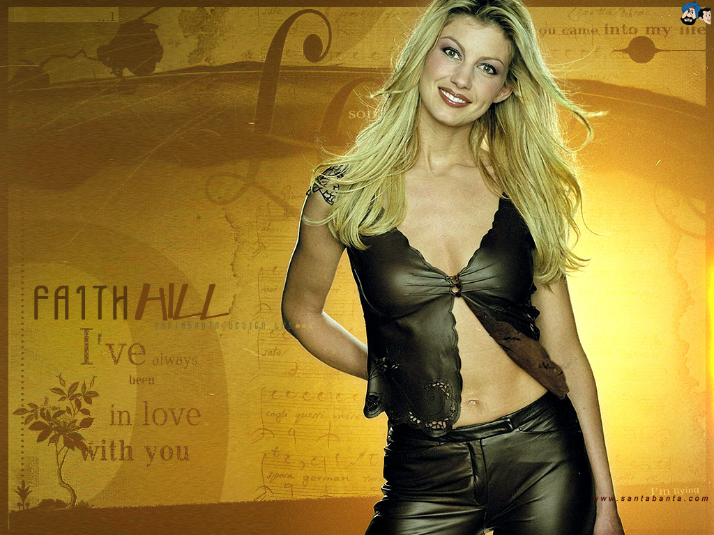 faith hill cleavage pictures