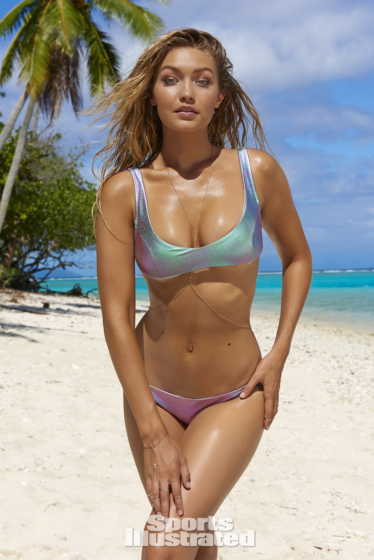 gigi hadid beach pictures
