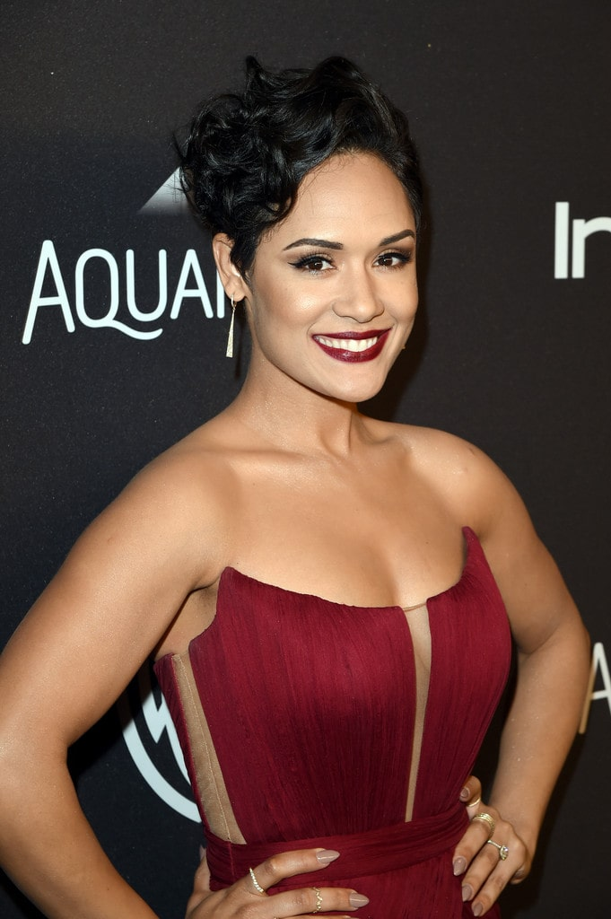 grace byers cleavage pictures