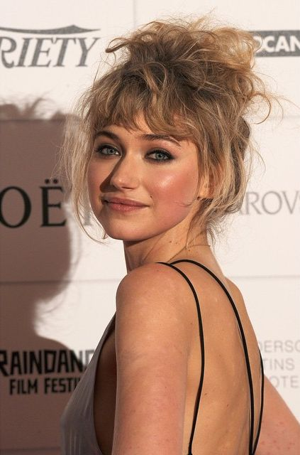 imogen poots sexy back