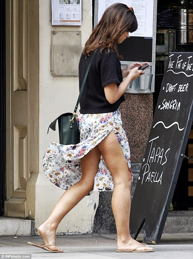 jenna coleman legs pictures