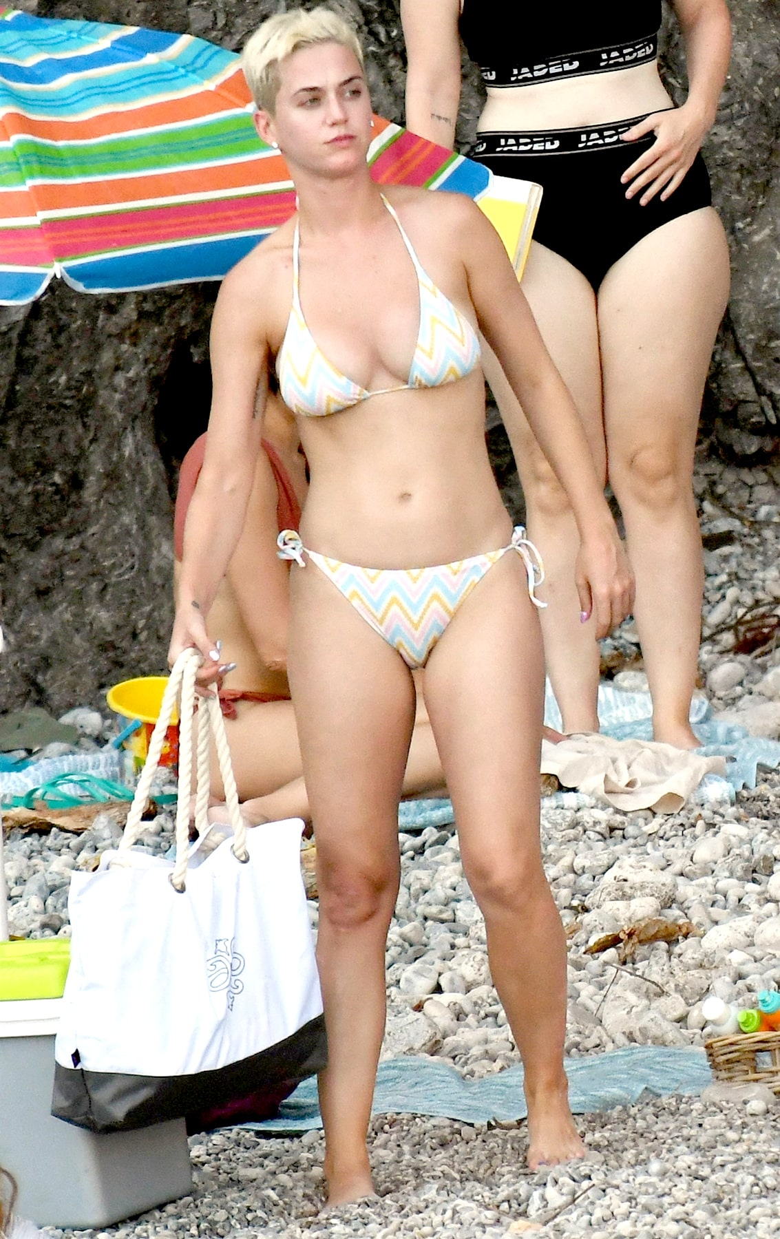 katy perry beach-