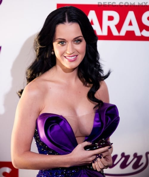 katy-perry-fabulous