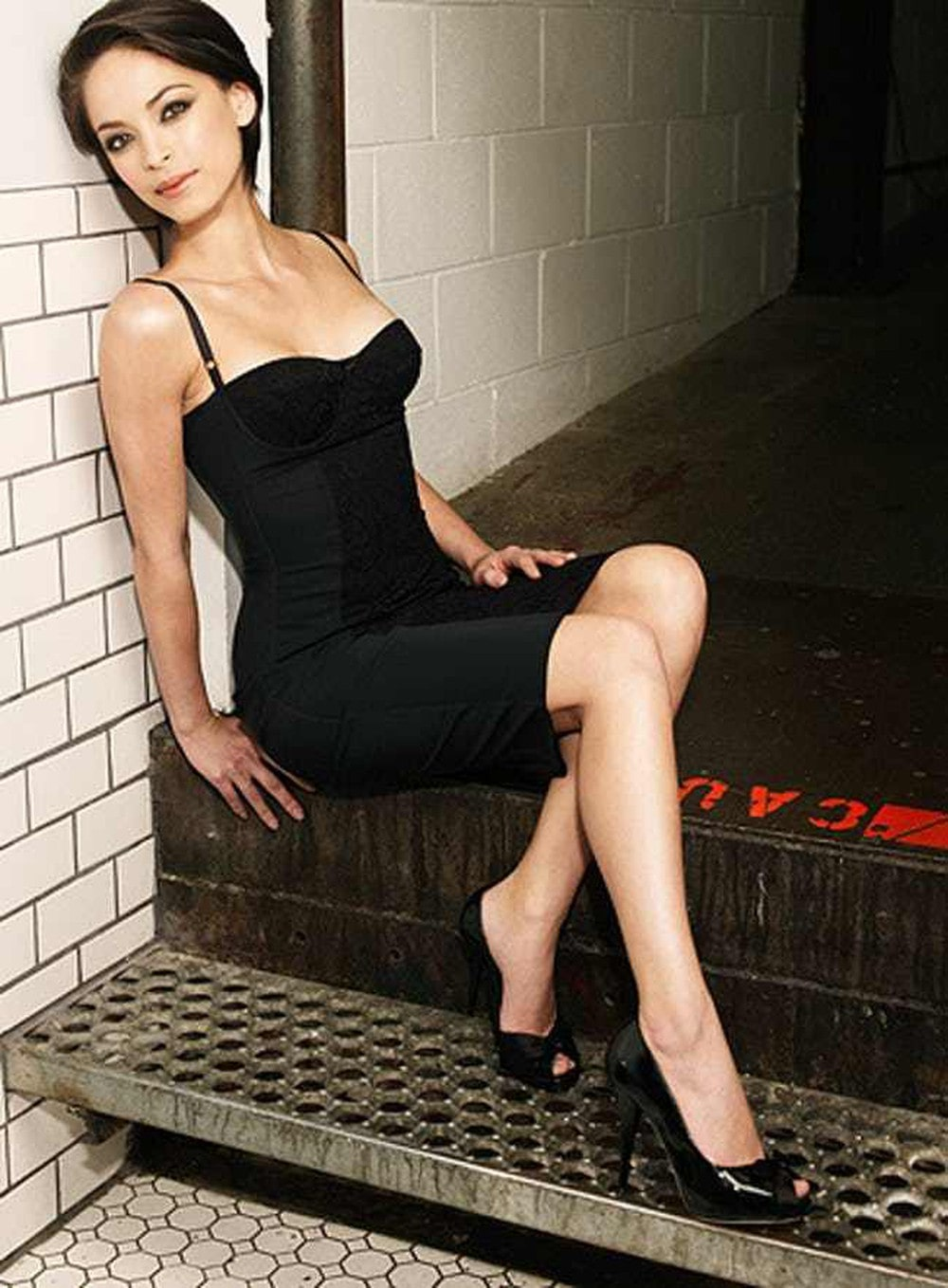 48 Hot Pictures Of Kristin Kreuk Reveal Her Amazing Sexy Body-8958