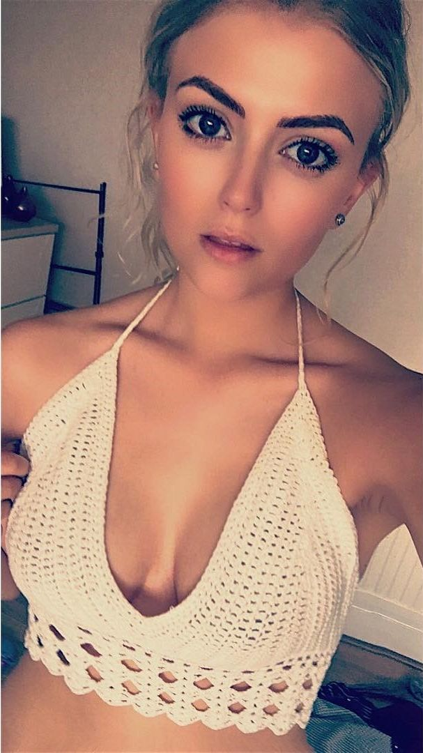 lucy fallon cleavage